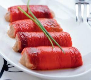 Rotoli di peperoni in salsa tonnata