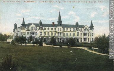 MP-0000.1105.11   Hôtel Roberval, Roberval, région du Lac-Saint-Jean, QC, vers 1910