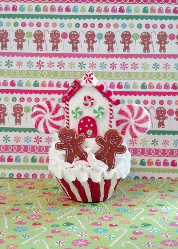 Fake Cupcake Creations is offering an original gingerbread house and men fake cupcake photo props. I made this cupcake in a standard size