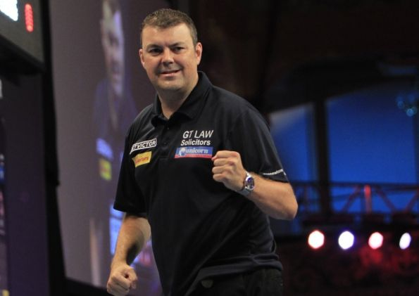 Wes Newton suffered heartbreak at the BetVictor World Matchplay as he crashed out 10-8 to Jamie Caven at the Winter Gardens last night