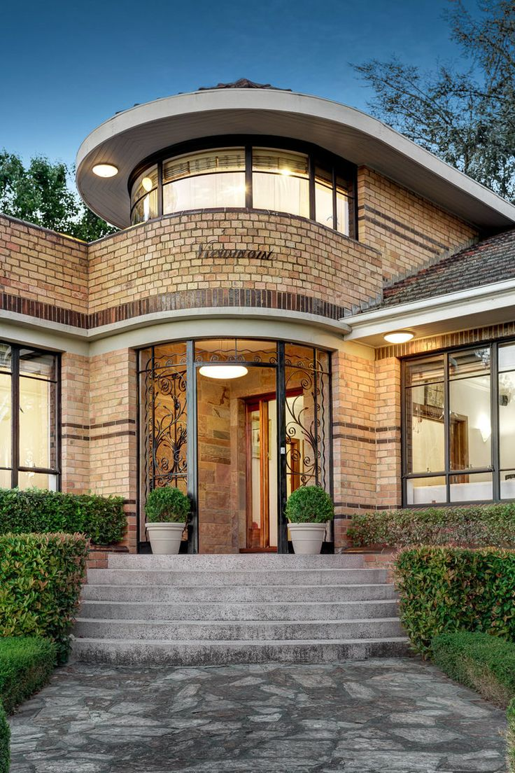 art deco house in the suburb of eaglemont melbourne victoria australian house styles. Black Bedroom Furniture Sets. Home Design Ideas
