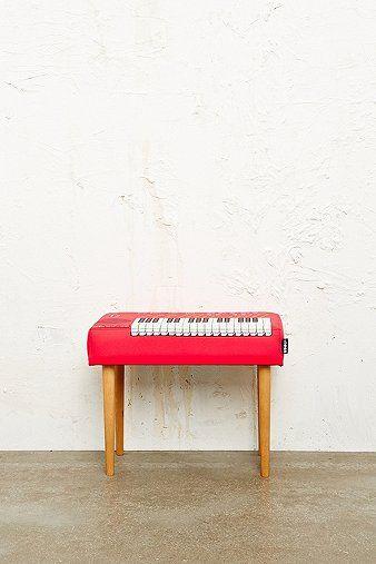 stool to corridor