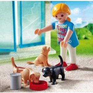 Playmobil vrouw met honden+en voerbak