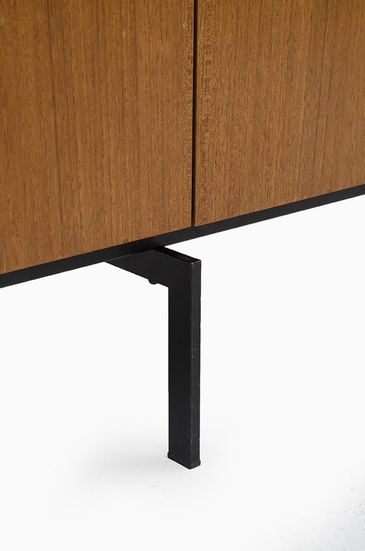 pastoe cees braakman japanese sideboard in teak at. Black Bedroom Furniture Sets. Home Design Ideas