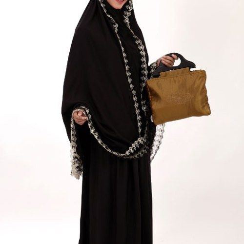Mukena mewah - Cantik dihiasi Renda Glamour   #mukena #jualmukena #mukenacantik #butikmukena  #mukenatatuis #mukenamewah #hijab