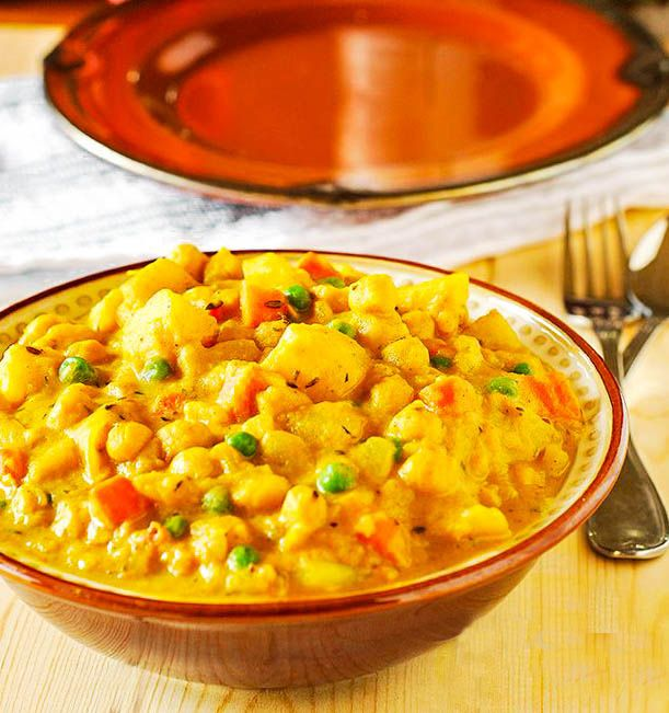 Jamaican Spicy Potato Curry (Vegan)