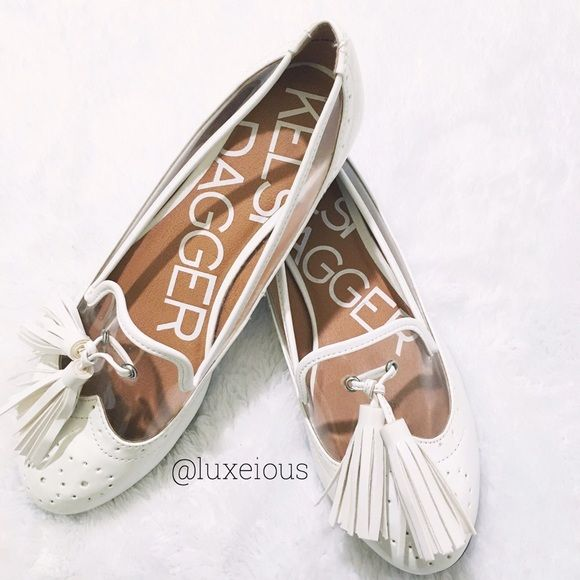 ☁️ Kelsi Dagger Mercy Flats ☁️ Ivory tassel flats are classy and comfy! I love anything unique and these certainly take the cake! Enjoy! Kelsi Dagger Shoes Flats & Loafers