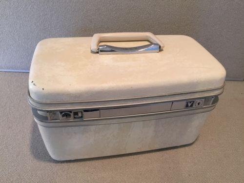 Vintage Samsonite White / Cream Cosmetic Travel Train Case No Key Hard Shell