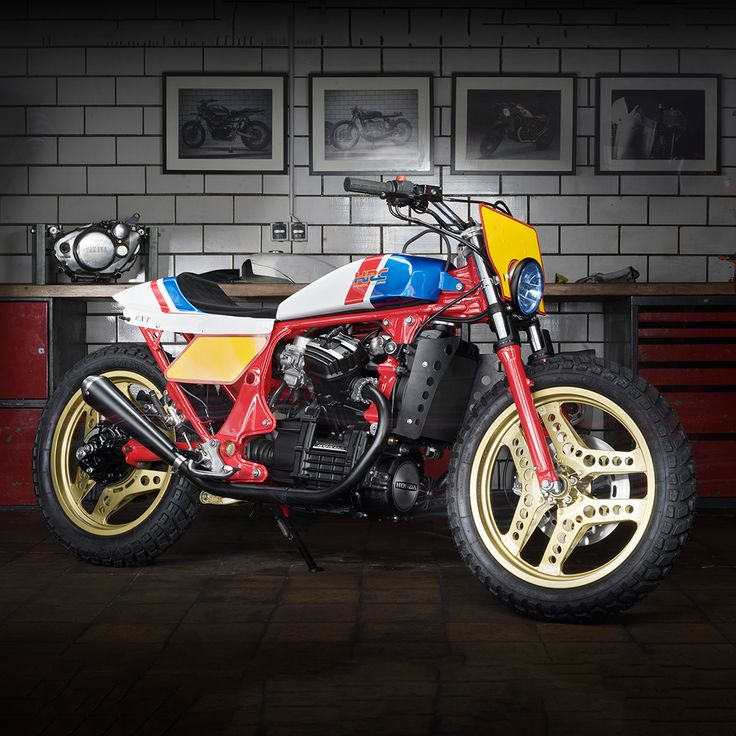 The RS750 is one of Honda's legendary motorcycles — racking up several flat track track championships in the 80s, piloted by Ricky Graham and Bubba Shobert. It's always been a good looking bike and now Dirk Oehlerking of Kingston Custom has transferred that magic to the humble CX500.