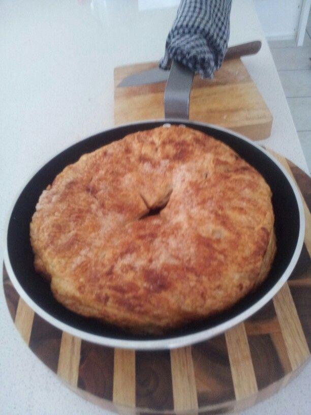 Apple tarte tartin - yet to be flipped!