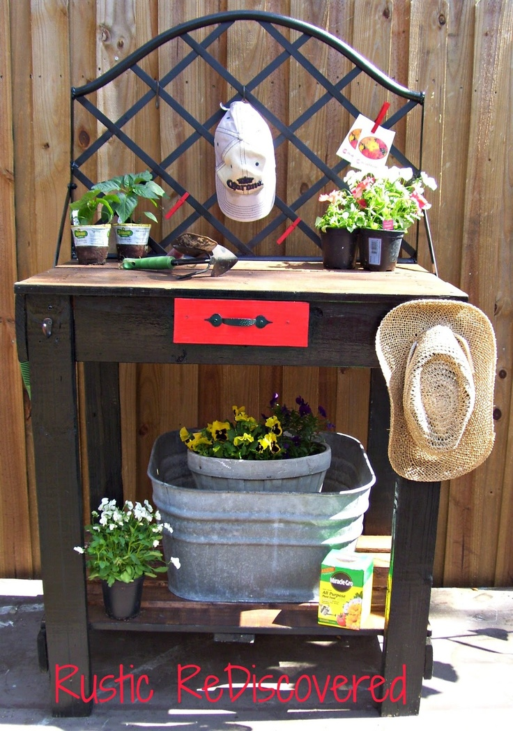 Welcome Spring - Pallet Potting Table 2