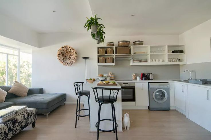 Urban Savvy Apartment in the Center of Cape Town with your own Private Room and Bathroom. Can't wait to host you and share stories & experiences.  #capetown #urbansavvy #travel #accomodation #ilovecapetown #airnbnb #airbnbinteriordesign #airbnbguest #welc (scheduled via http://www.tailwindapp.com?utm_source=pinterest&utm_medium=twpin&utm_content=post163772281&utm_campaign=scheduler_attribution)