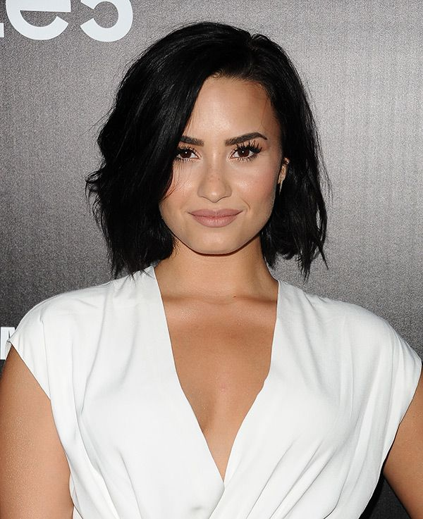 demi lovato�s barelythere makeup amp freckles � get the