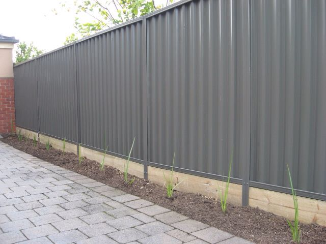 colorbond slate grey fence my house outdoor ideas. Black Bedroom Furniture Sets. Home Design Ideas