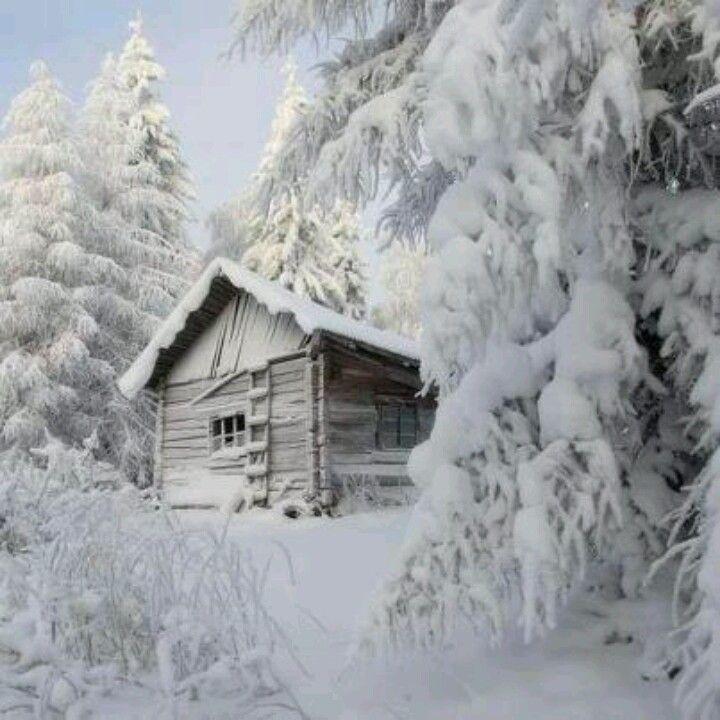 20 jolies photos de chalets couverts de neige qui donnent le goût d'y passer la…