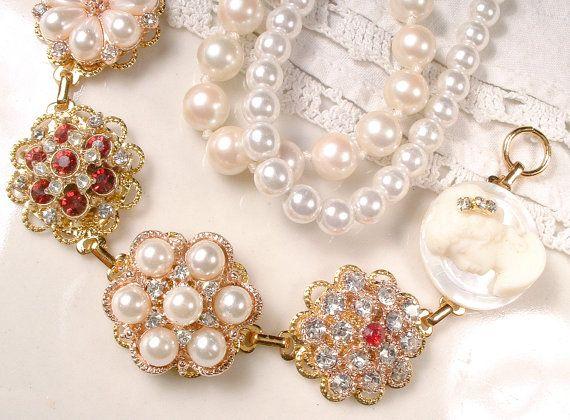 OOAK rubino rosso strass & perla oro bracciale di AmoreTreasure
