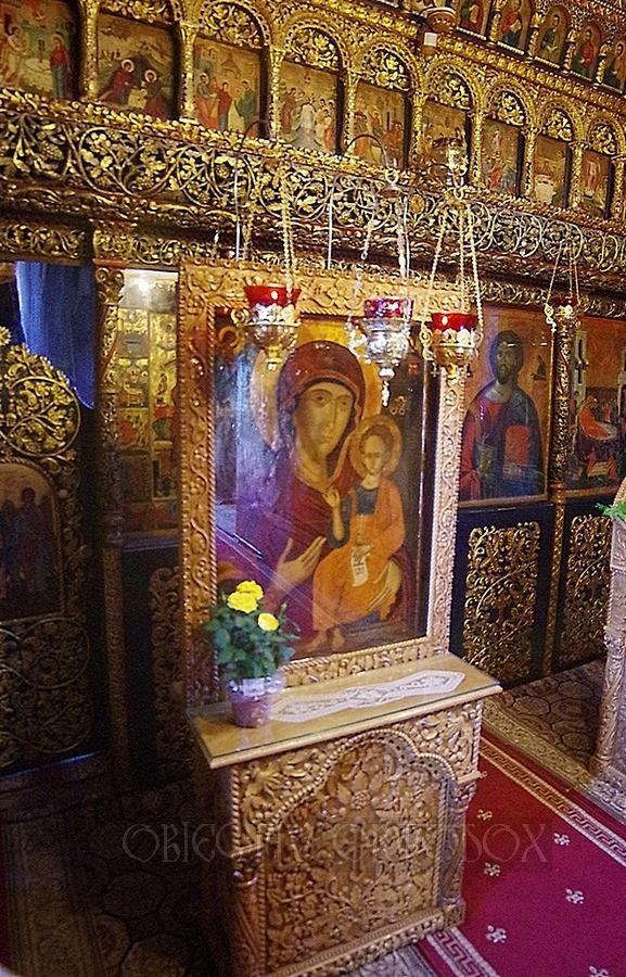 Icoana făcătoare de minuni a Maicii Domnului, Hodighitria de la Mănăstirea Ostrov