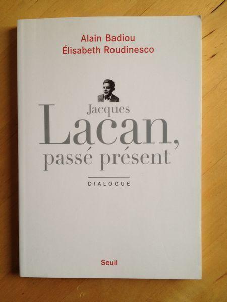 #philosophie #psychanalyse : Jacques Lacan, passé présent : Dialogue d'E. Roudinesco et Alain Badiou. La célébration du trentième anniversaire de la mort de Lacan a été l'occasion d'une formidable réception médiatique, de polémiques violentes et de débats. Parmi ces derniers, l'un des plus pertinents aura porté sur l'actualité et l'avenir du geste lacanien. Le philosophe et l'historienne ont entrepris d'en prolonger l'effervescence à travers un dialogue vivant et très élaboré, fondé sur la…
