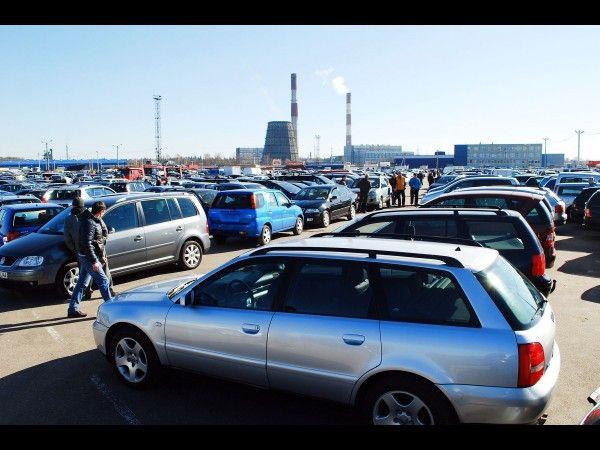 Attention aux arnaques de voitures volées, accidentées, recyclées, lors de l'achat d'un véhicule d'occasion !  Il est possible de faire appel à une assurance auto provisoire pour assurer un véhicule d'occasion avec www.assurancetemporaire.org