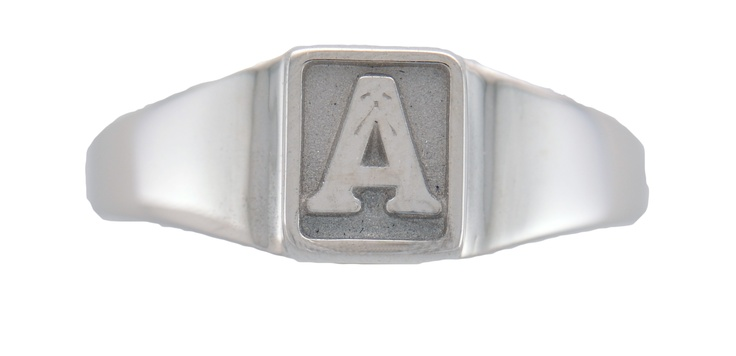 Classic A, mini crest size, plain background