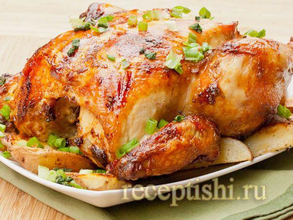 Цыпленок, запеченный под кремом из Филадельфии, чеснока, перца и тимьяна  Цыпленок получился вкуснейший! А какой аромат доносился из духовки!  Ингредиенты:  - цыпленок (весом около 500 г) - 150 г Филадельфии - 2-3 зубчика чеснока - 10 веточек тимьяна - 1 перчик чили - соль - перец  Приготовление:  Вместо маленького цыпленка можно использовать курицу, время запекания в таком случае надо увеличить примерно до 1 часа. Готовность можно проверить, проткнув курицу ножом.