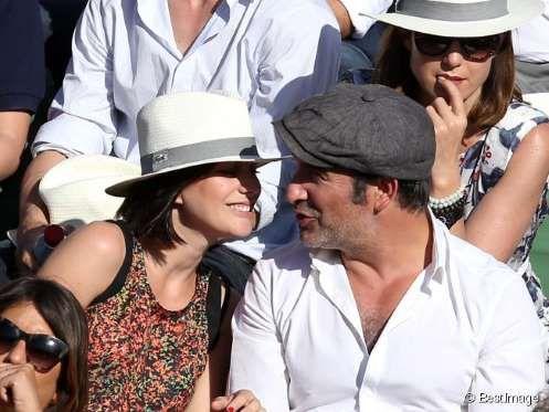 Jean Dujardin et sa compagne Nathalie Péchalat lors de la finale des Internationaux de France à Rola... - BestImage