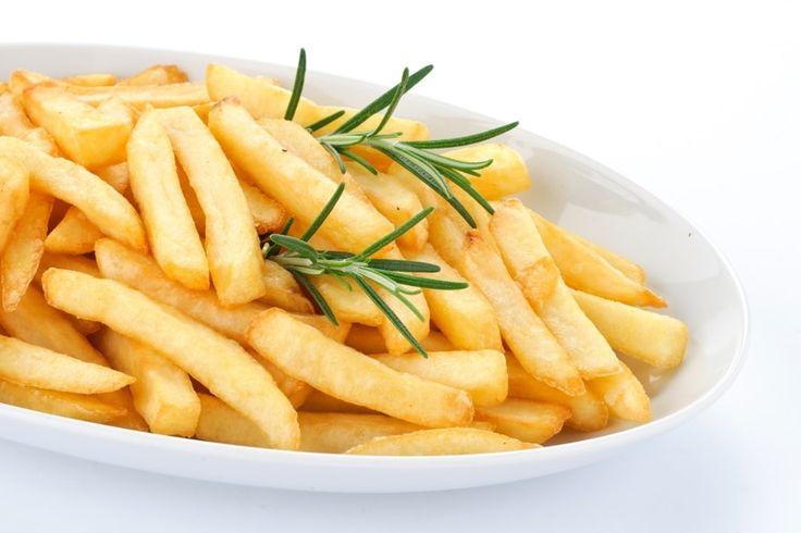 Comment faire des frites croustillantes et pas grasses ? - Journal des Femmes