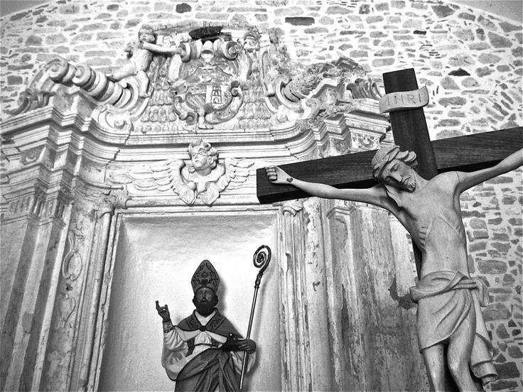 Altare della Chiesa di San Nicola a Circello (BN)