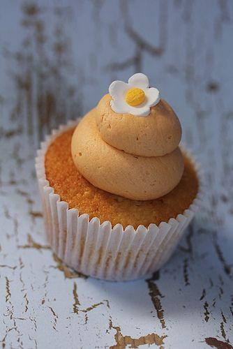 : Sweet Tea, Sugadeaux Cupcakes, Pumpkin Cupcakes, Tea Cupcakes, Ashley S Cupcake, Cupcake Allie, Cakes Cupcakes, Peach Sweet