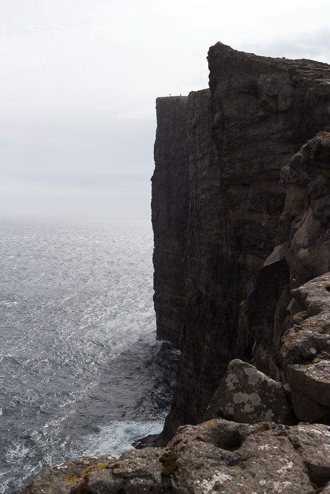 Dieses Foto ist bei einer Wanderung auf der Insel Vágar entstanden - am Ende des Sórvagsvátn - Färöer Inseln