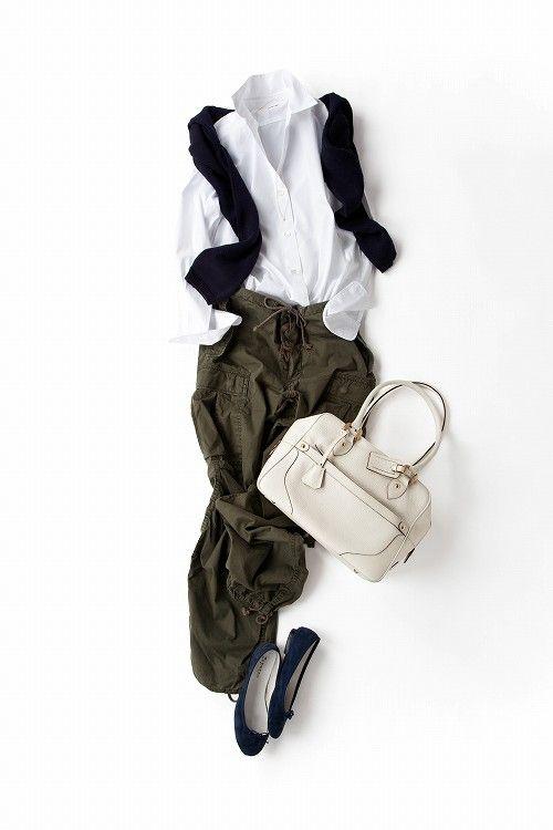 コーディネート詳細(大人の女性の体だからこそハマる、セクシーなシャツ×カーゴ)| Kyoko Kikuchi's Closet|菊池京子のクローゼット