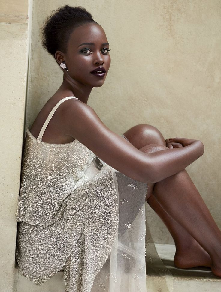 Lupita Nyong'o for Vogue US October 2015 by Mert Alas and Marcus Piggott - CHANEL Fall 2015 Haute Couture, CHANEL earrings