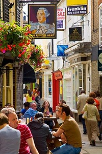 Richmond (London). What a fun place to explore! Only wished we had more time there!   Maybe next time!