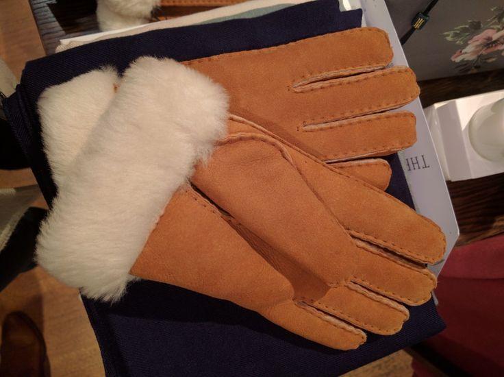 Sheepskin gloves Hobbs £70