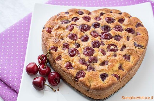 Torta morbida alle ciliegie