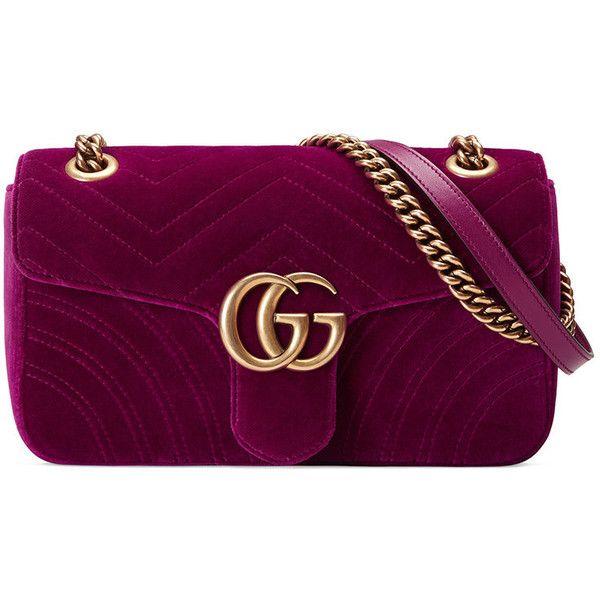 Gucci GG Marmont velvet shoulder bag (€1.380) ❤ liked on Polyvore featuring bags, handbags, shoulder bags, oversized purses, oversized shoulder bag, oversized handbags, purple handbags and purple purse