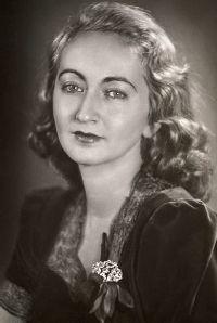 Alba de Cèspedes: una delle prime donne che denunciò il ruolo subalterno della donna nella società.