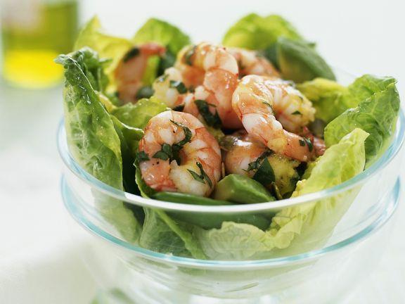 Probieren Sie den grünen Salat mit Garnelen und Avocado von EAT SMARTER oder eines unserer anderen gesunden Rezepte!