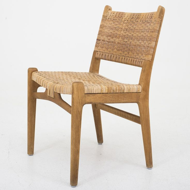 CH 31 - Dining chair