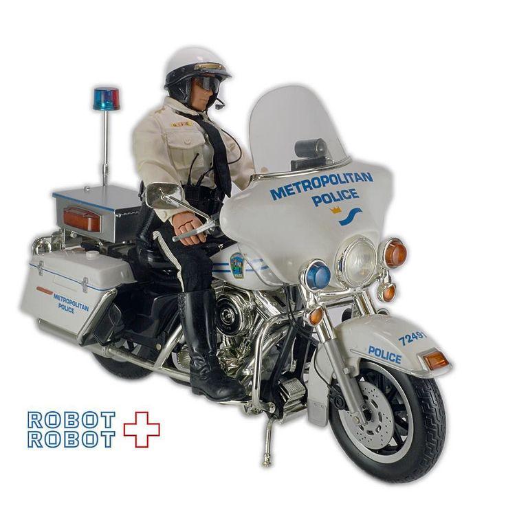 デカくてかっちょいーですよG.I.ジョー アメリカン白バイ ポリス ハーレーダビッドソン GI Joe Metropolitan Police Motorcycle Harley Davidson #GIJOE #GIジョー #GIJOE買取 #GIジョー買取 ActionFigure #アクションフィギュア #アメトイ #アメリカントイ #おもちゃ #おもちゃ買取 #フィギュア買取 #アメトイ買取 #vintagetoys #中野ブロードウェイ #ロボットロボット #ROBOTROBOT #中野 #アクションフィギュア買取
