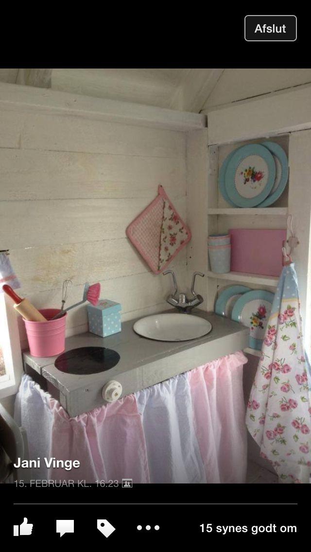 Køkken i legehus