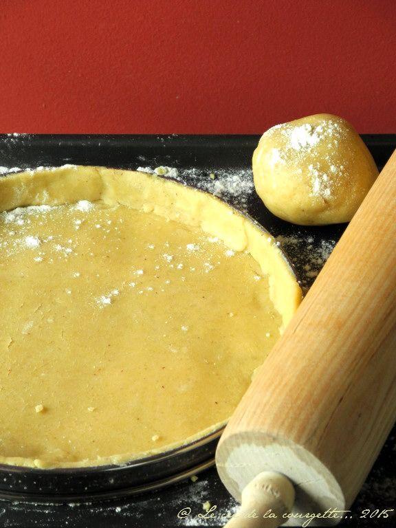 ☼ Pâte sucrée sans gluten ☼ •200 g de mix sans gluten •80 de purée d'amande blanche •1 oeuf •25 g de sucre complet •5 à 6 cas d'eau