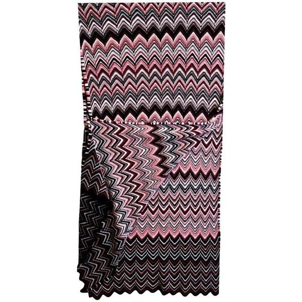Preowned Missoni Multi-colored Chevron Knit Wool Scarf (6.485 RUB) ❤ liked on Polyvore featuring accessories, scarves, black, missoni shawl, chevron scarves, colorful shawls, missoni and missoni scarves