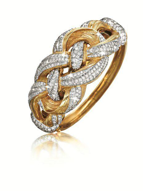 'Raffia' Knot Bracelet  - Fulco di VERDURA. Diamond, platinum and 14kt gold.