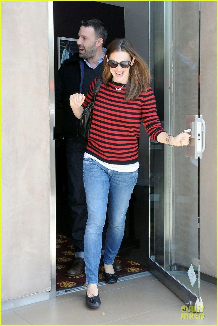 Ballet flats: Jennifer Garner inChanelballet flats while out with Ben Affleck piano shopping.