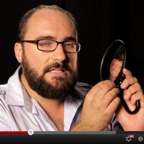 Viral Video Alert: What Color Is A Mirror?Bathroom Mirrors, Trav'Lin Lights, Mirrors Lights, Pin O' Hol, Viral Videos, Videos Alert, Guys Pin, Human Body