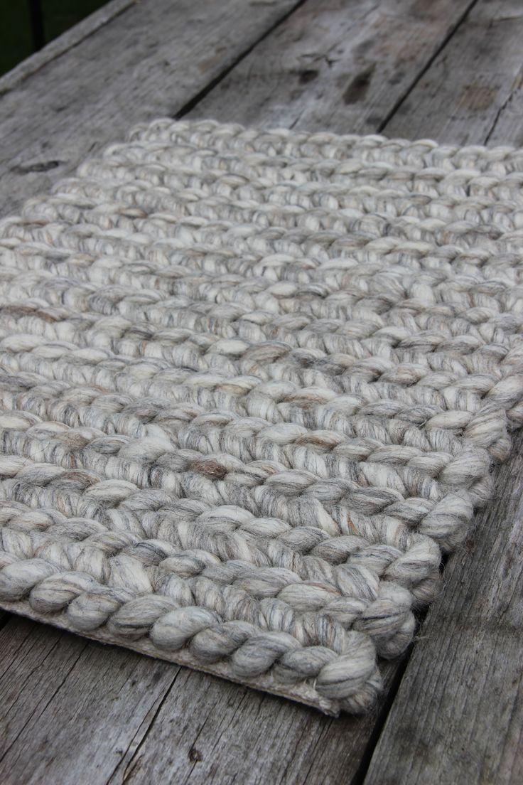 25 beste idee n over grijze tapijten op pinterest slaapkamer tapijten eetkamer tapijten en - Kwekerij vinylvloer ...