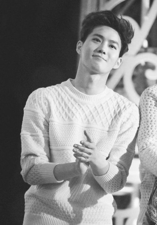 $uho lookin mega fine. Mega. <-- I have no idea how I have never thought to use the dollar sign in his name. It's perfection XD