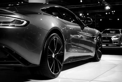 Luxe Handelsgids. Aston Martin Michiels Wommelgem Antwerpen.