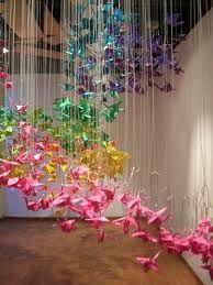"""Images of """"senbazuru"""" -- 1,000 paper cranes"""